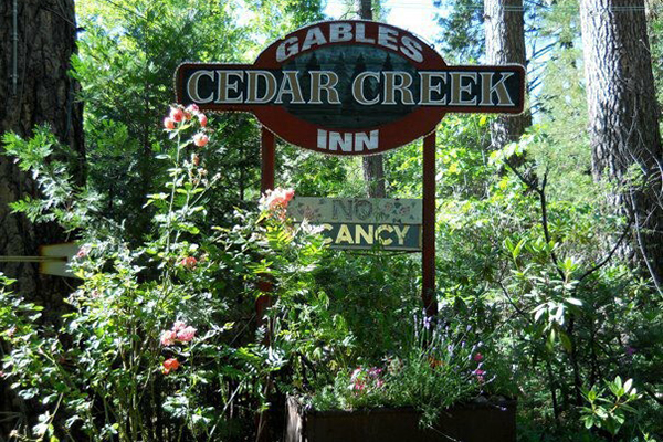 Gables Cedar Creek Inn