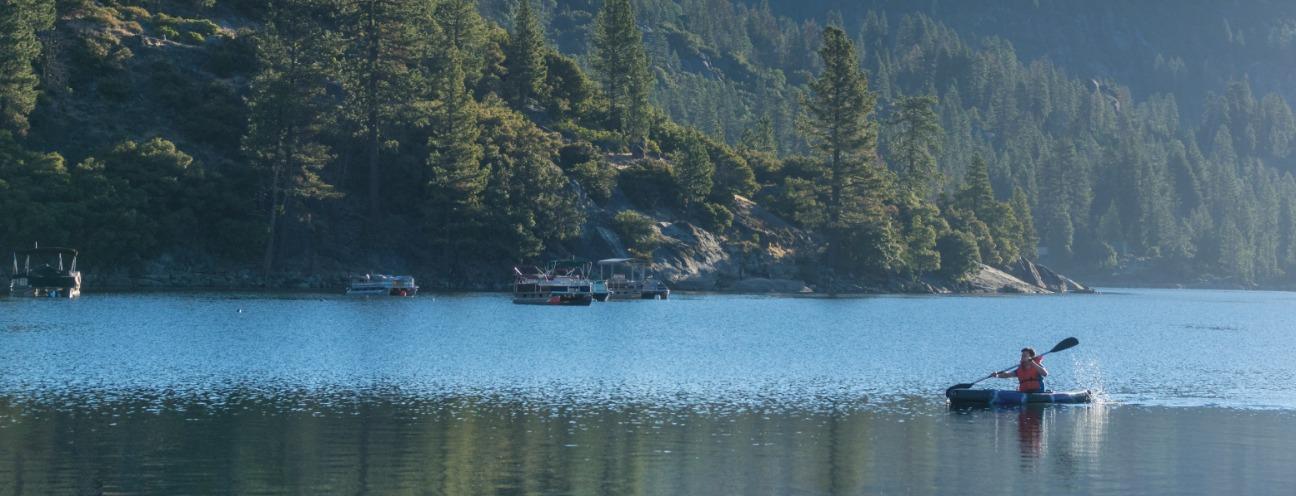 Kayaking on Pinecrest Lake