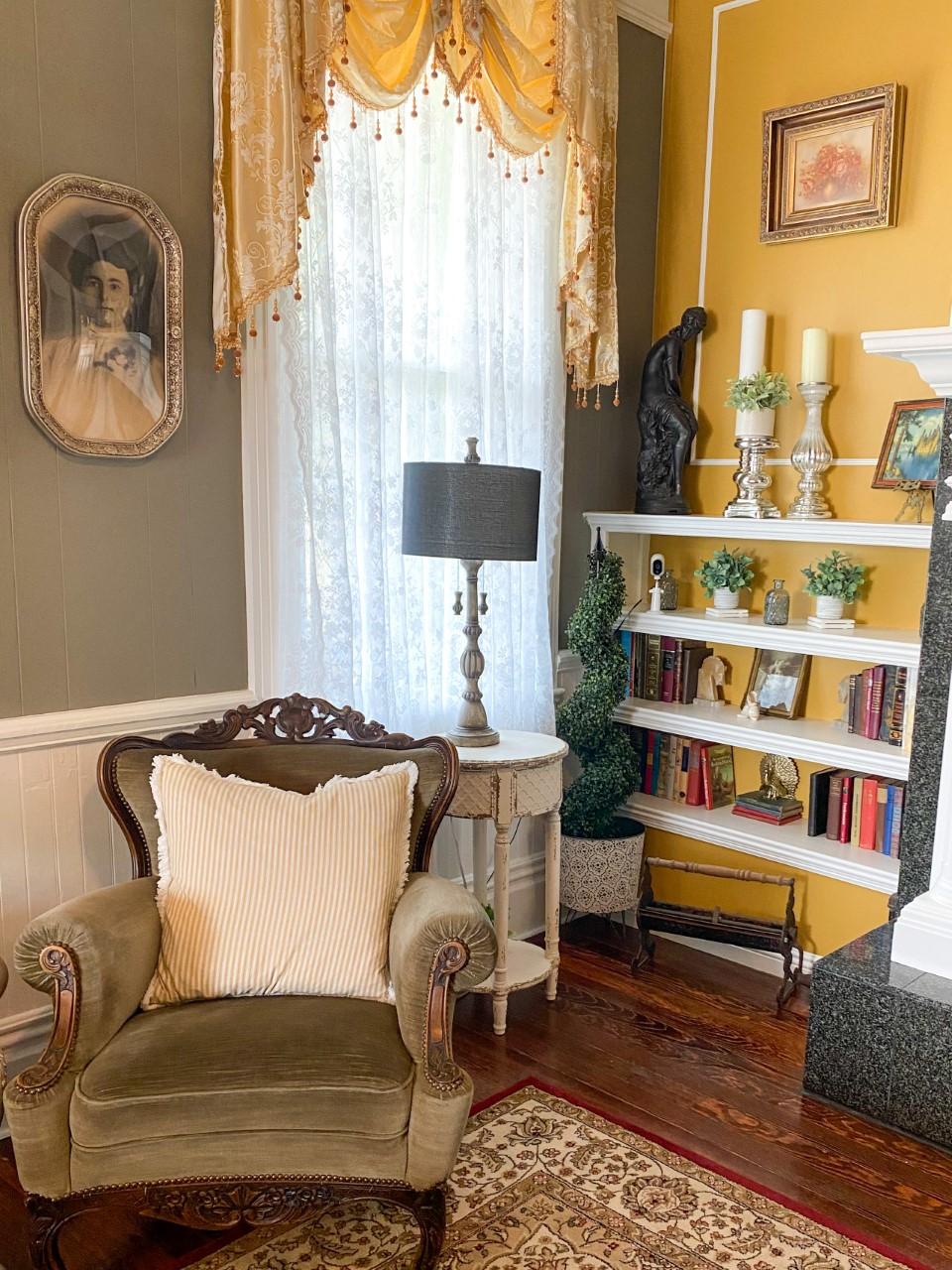 Royal Olive Manor Interior