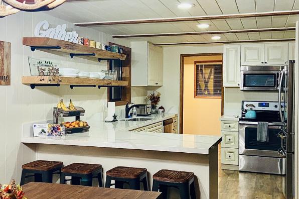 The Four Seasons Lodge Kitchen