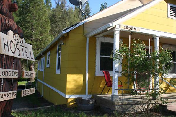 Yosemite International Hostel