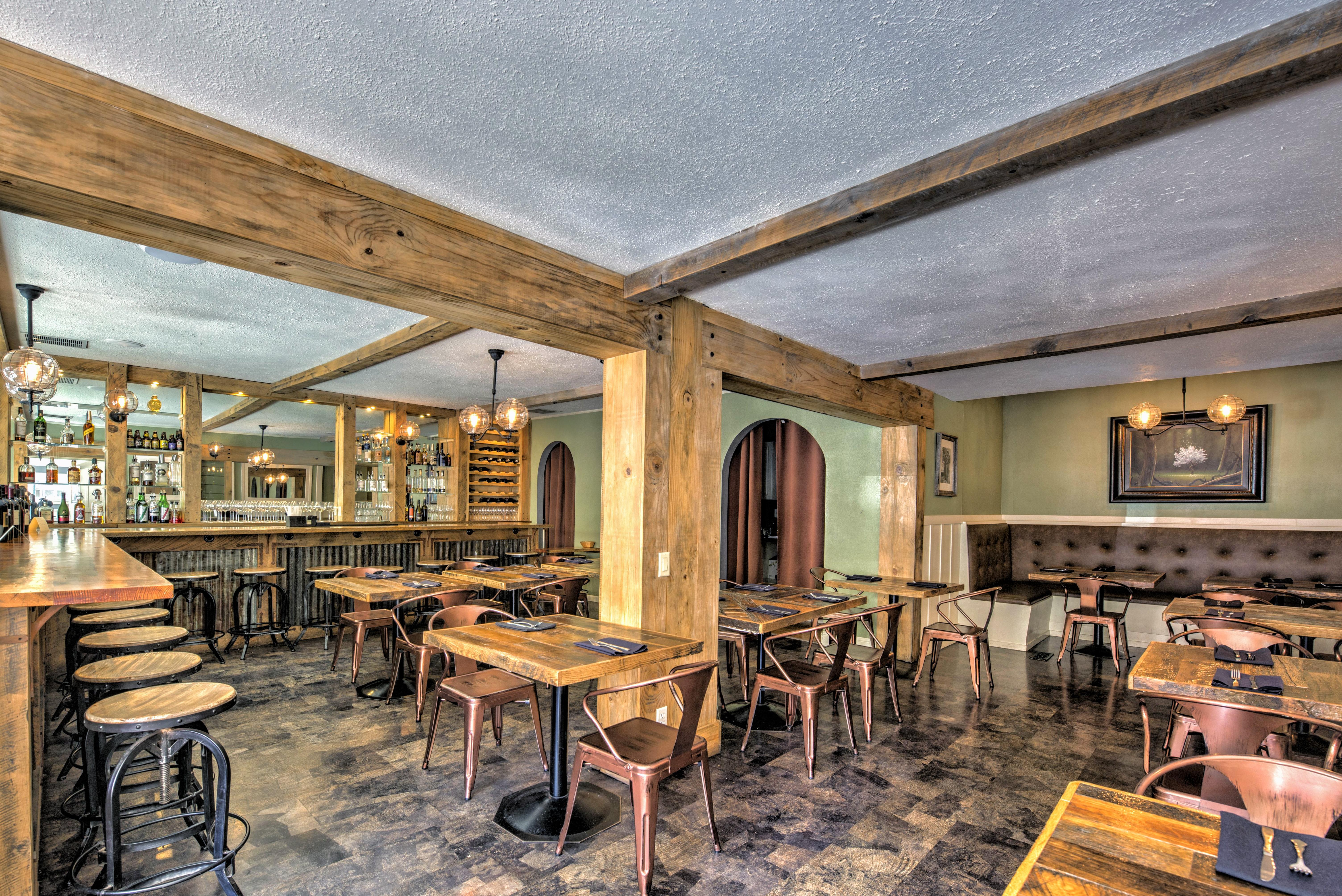 Charlottes Tavern