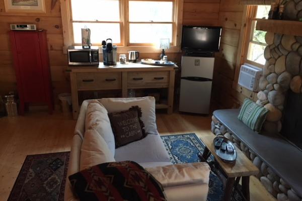 Apple Valley Cabin